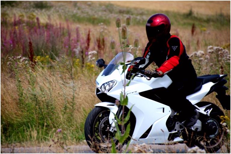 Mingoville Engelse Les Tilbage Til Fremtiden Honda Vfr 2014 Magacin H8ye34lev6 Kvih4umdd0