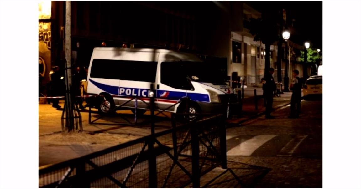 Agression  l arme blanche  Paris 7 blessés dont 4 gri¨vement