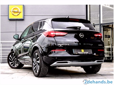 Opel Grandland X 2 0D 8 Traps Automaat innovation All black