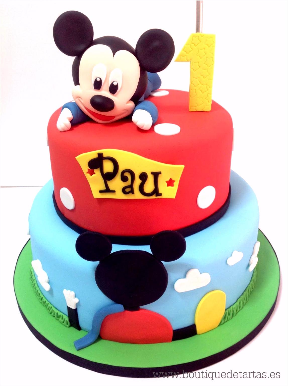 Tarta que bina La casa de Mickey Mouse y la figura modelada de