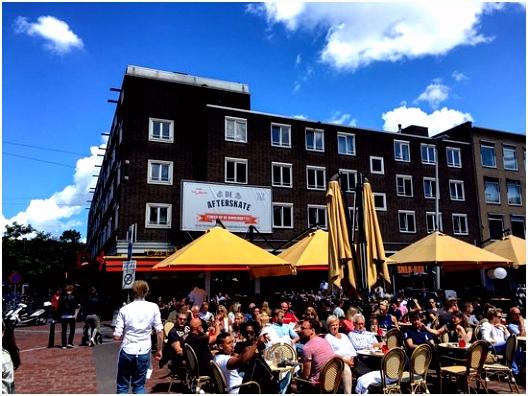 Terras Café van Zanten in de zomer Picture of Cafe Van Zanten