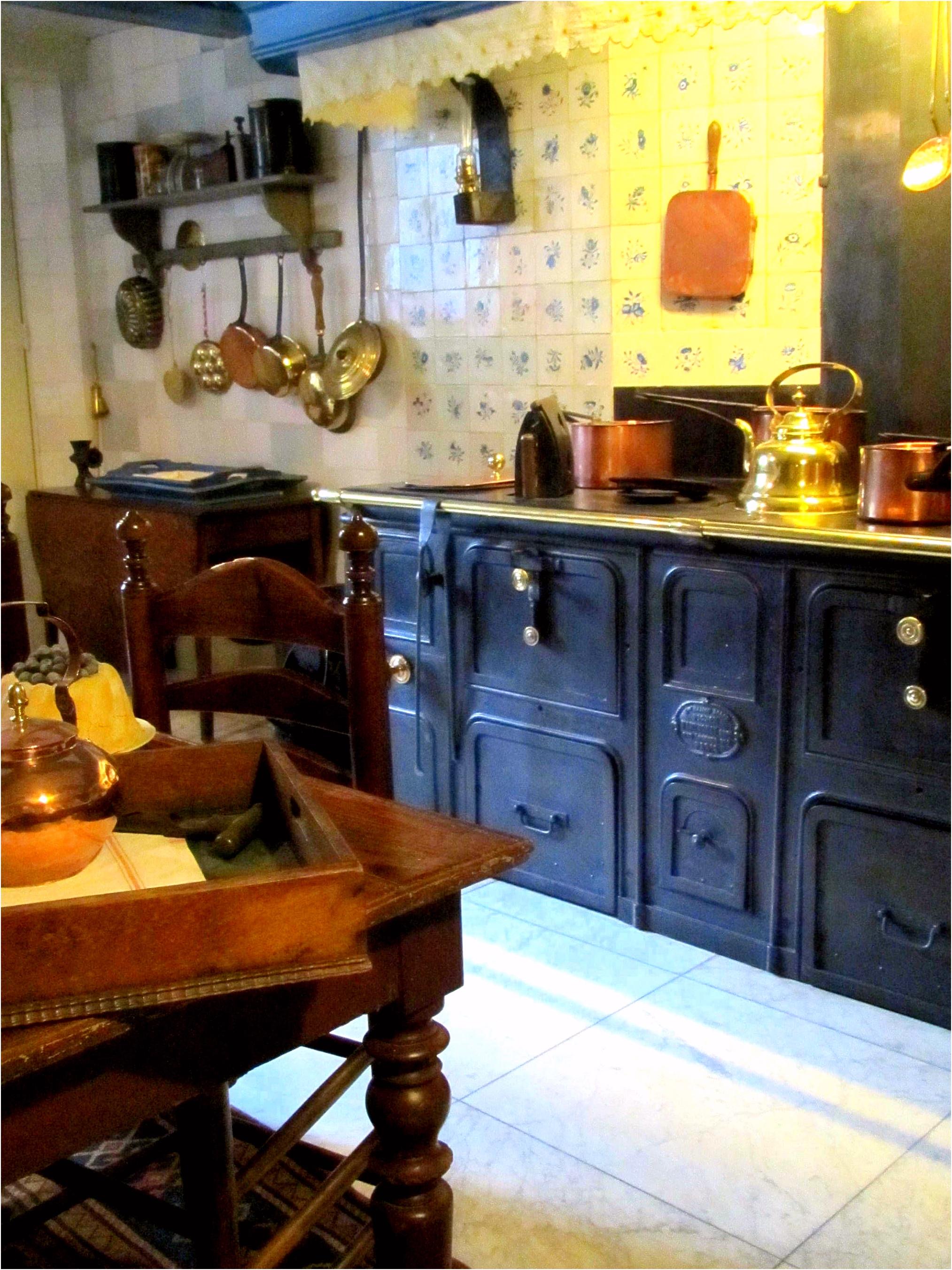Dutch kitchen interior c 1750 museum van Loon Amsterdam the