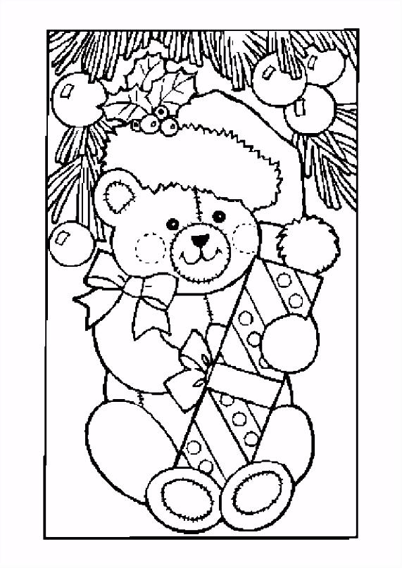 Kleurplaat Kerst kleurplaten beer met kado onder de kerstboom 6331
