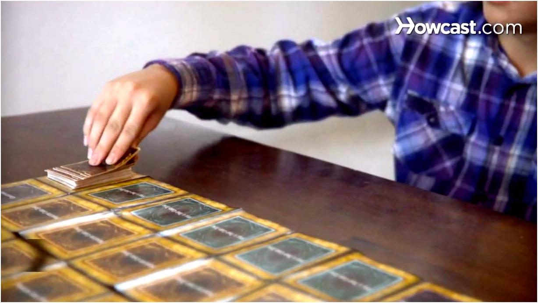 How to Play Yu Gi Oh