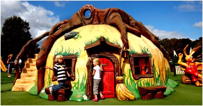 Bennie Broek speeltuin mascotte Linnaeushof
