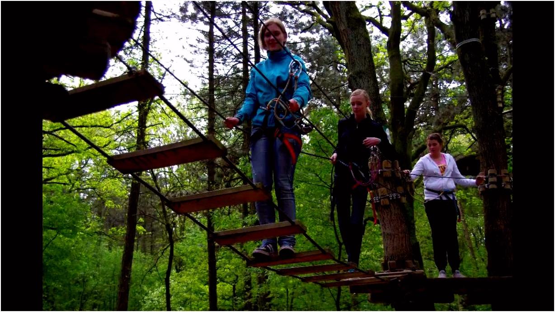 Klassenuitje Z2c klimpark Grolloo