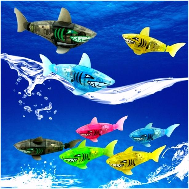 1 PCS Funny Battery Powered Swimming Robot Fish Electronic Shark