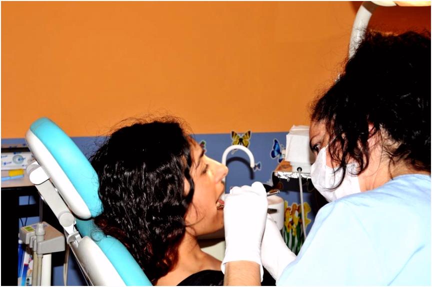 Zahnersatz Implantate Kosten in der Türkei