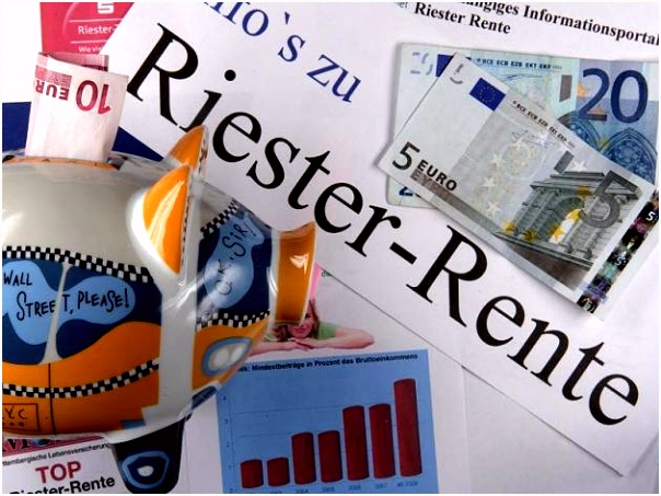 Riester Rente erklärt Alle Modelle Zulagen und Steuervorteile