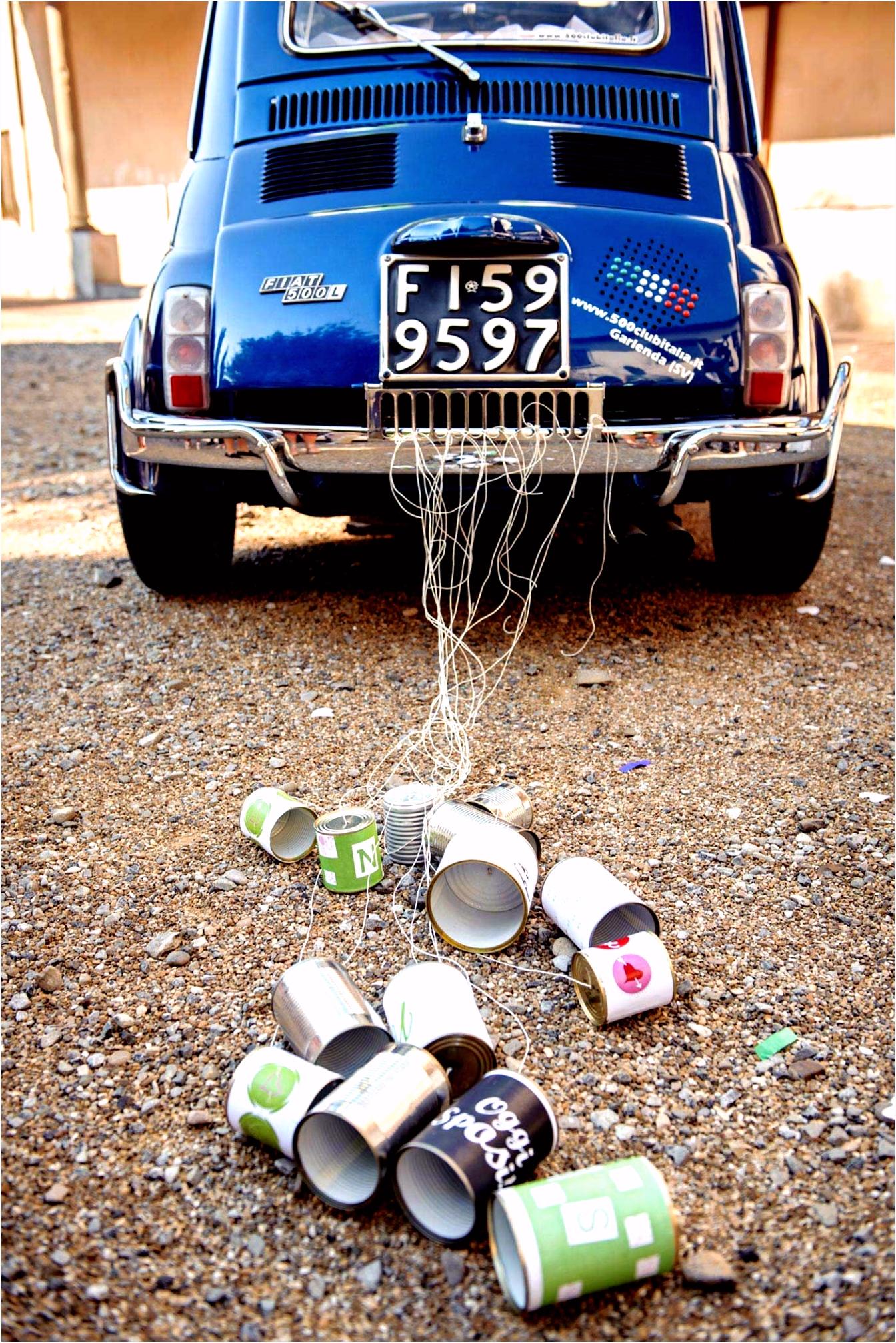 Dosen am Auto zur Hochzeit Autoschmuck zur Hochzeit
