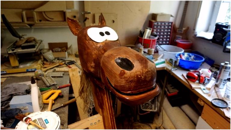Holzpferd selber bauen Teil 2 Pferdekopf und Hals